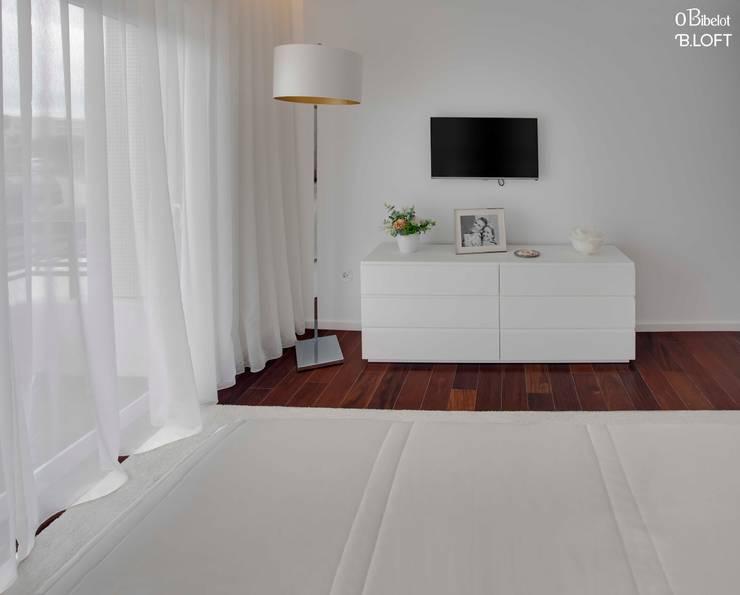 2015, Decoração de Apartamento BI: Quartos  por B.loft