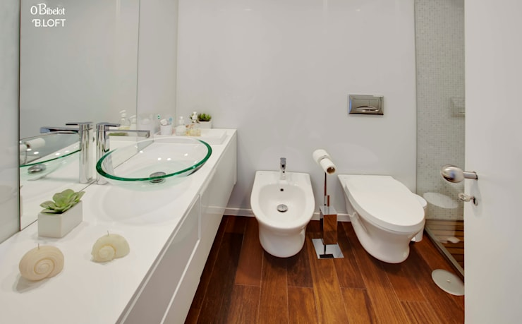 2015, Decoração de Apartamento BI: Casas de banho  por B.loft