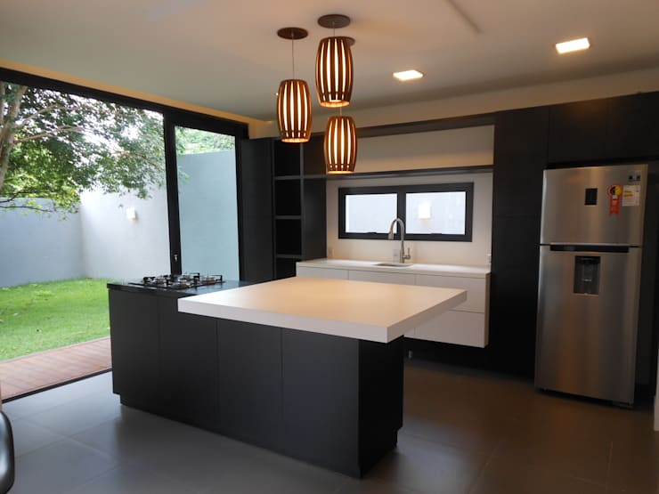 Kitchen by Cláudia Legonde