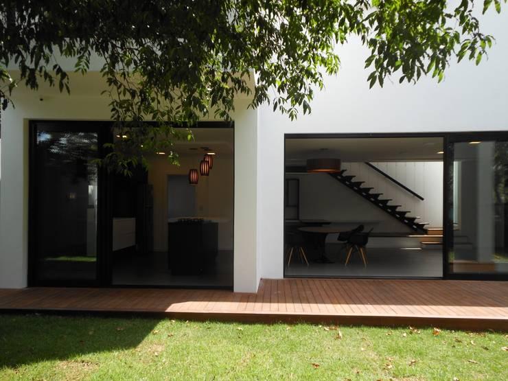Houses by Cláudia Legonde