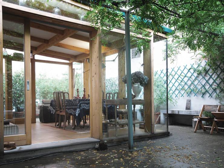 ariberto: Case in stile  di andrea borri architetti,