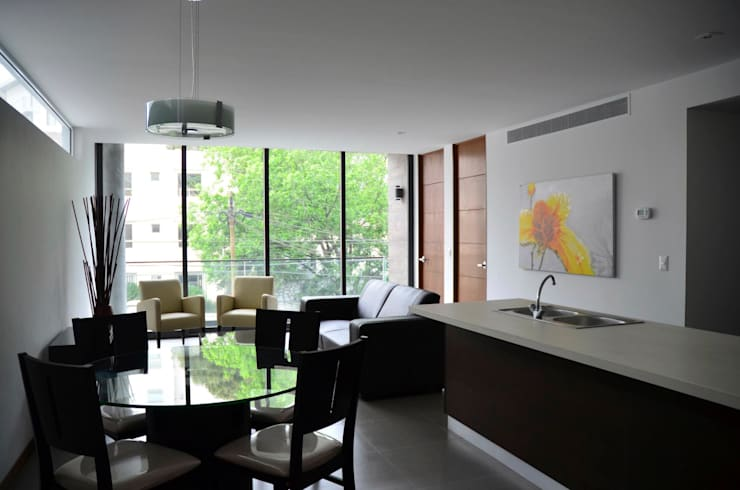 Dining room by TREVINO.CHABRAND | Architectural Studio