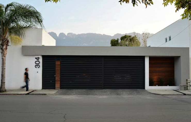 Casas de estilo moderno por TREVINO.CHABRAND | Architectural Studio