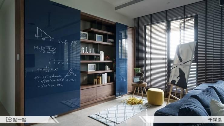 千綵胤空間設計:  客廳 by iDiD點一點設計