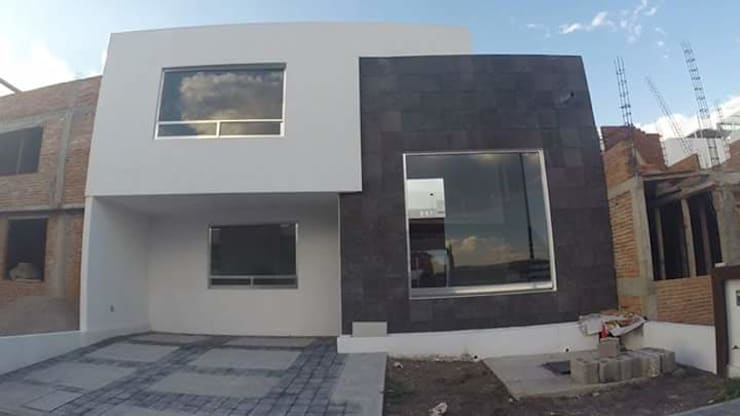 Casa Habitación: Casas de estilo clásico por casas eco constructora