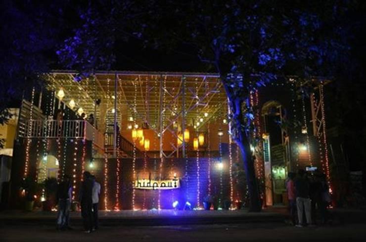 restaurant:  Bars & clubs by Vinyaasa Architecture & Design