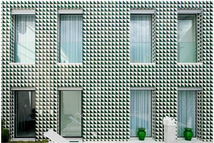 Projecto com Arq. Juan Trindade: Casas  por Sant'Anna