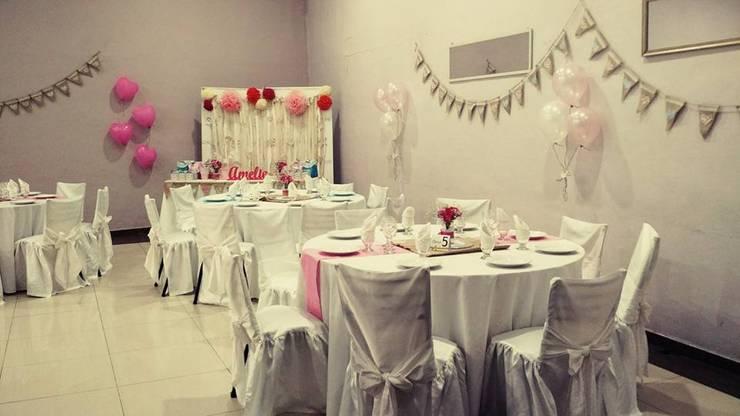 Sala de jantar  por Araceli Fernandez Ibarguren,