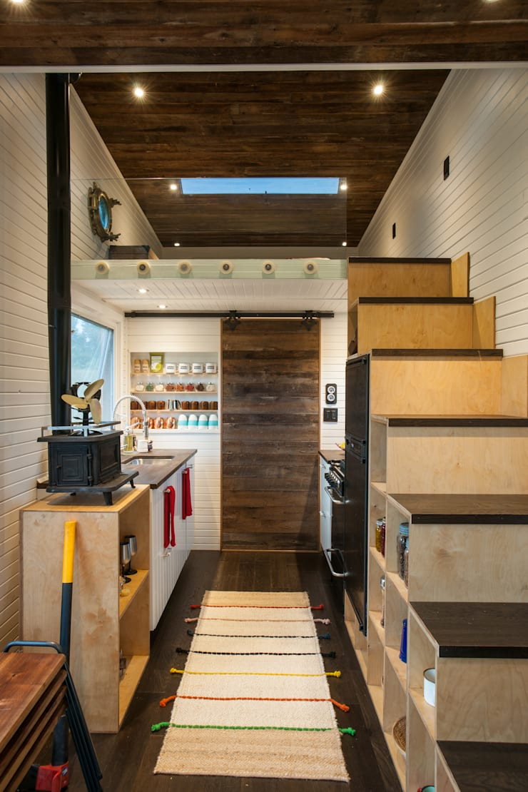Greenmoxie Tiny House:  Kitchen by Greenmoxie Magazine