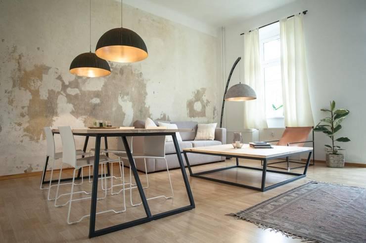 Living room by woodboom