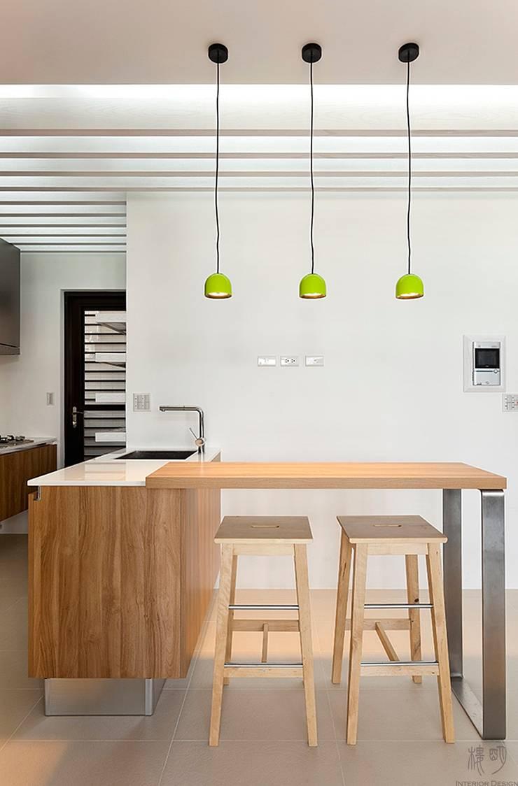 私人圖書館:  餐廳 by 禾光室內裝修設計 ─ Her Guang Design