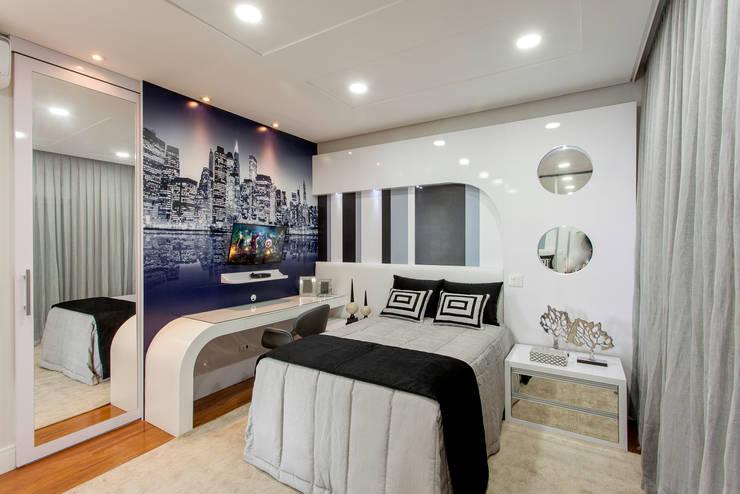 Habitaciones de estilo  por Arquiteto Aquiles Nícolas Kílaris