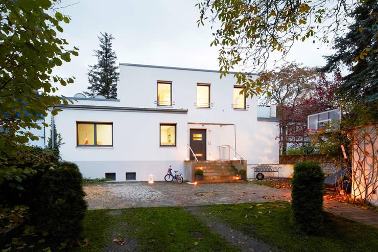 Bewohntes Einfamilienhaus:   von Home Staging Bavaria