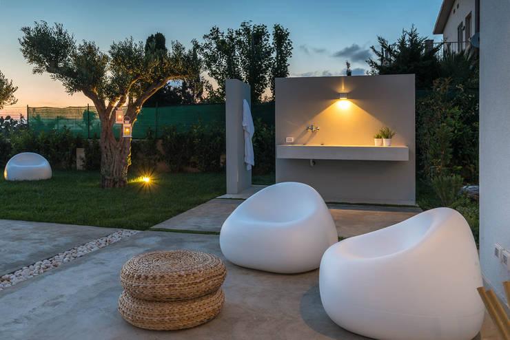 Jardines de estilo  por DFG Architetti