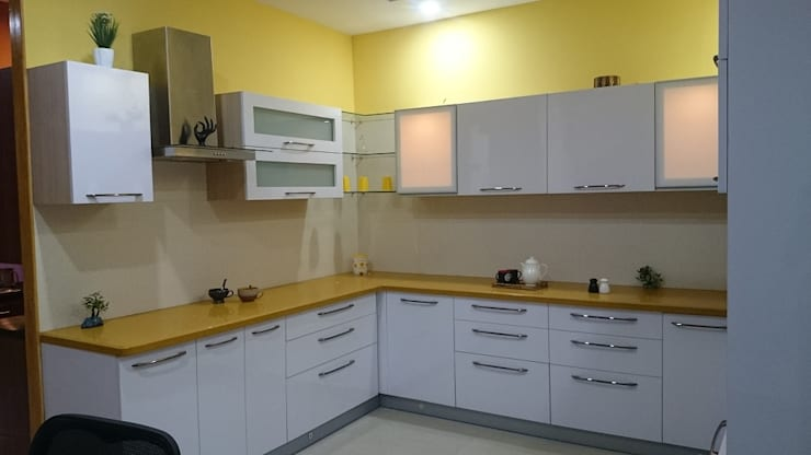 Kitchen by Renato Interio Pvt Ltd
