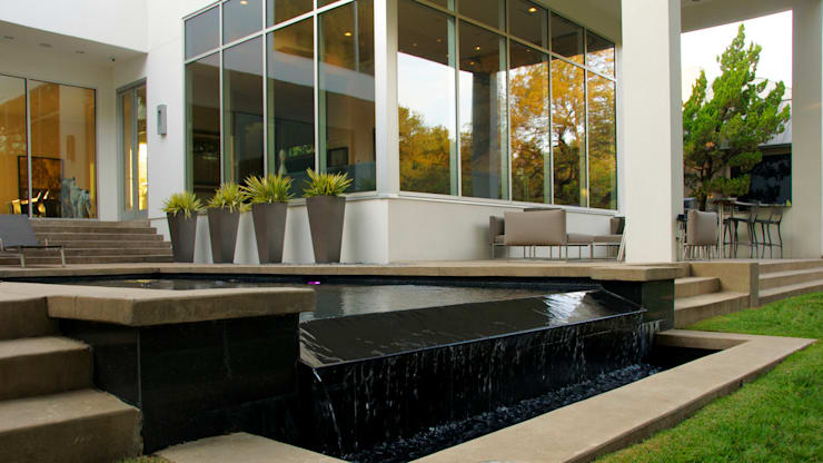 Modern Landscape Design:  Pool by Matthew Murrey Design