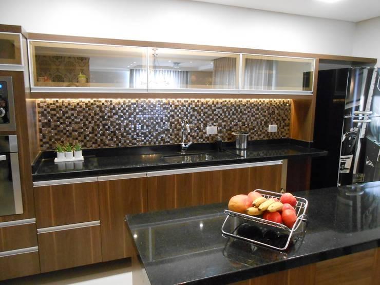 eclectic Kitchen by Mariana Von Kruger Emme Interiores