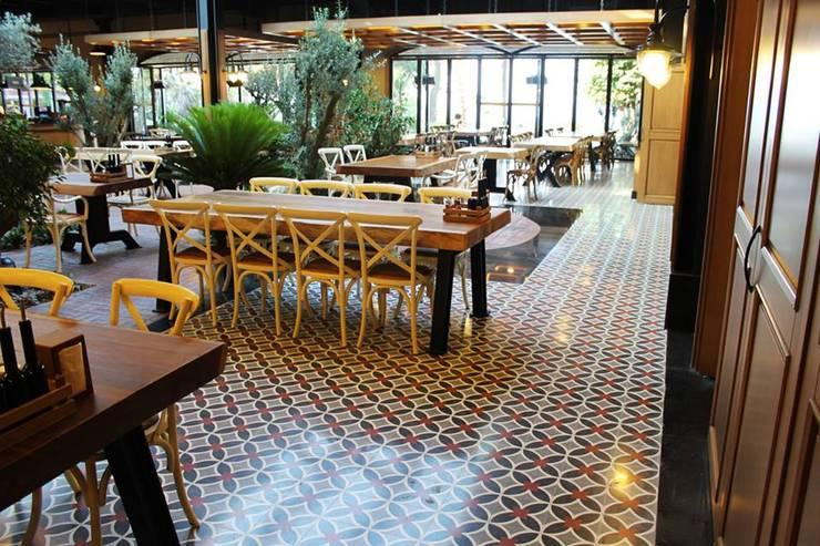 Doğancı Dış Ticaret Ltd. Şti. – Florya Şazeli Restaurant:  tarz Duvarlar, Kırsal/Country Mozaik