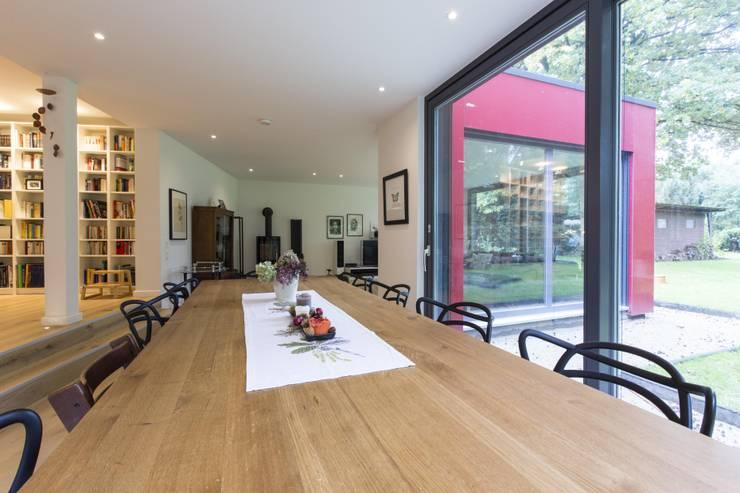 Dining room by Architekturbüro Prell und Partner mbB Architekten und Stadtplaner