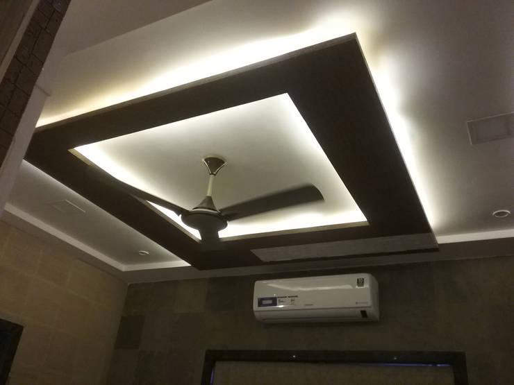 ceiling design: rustic Bedroom by i'studio creative