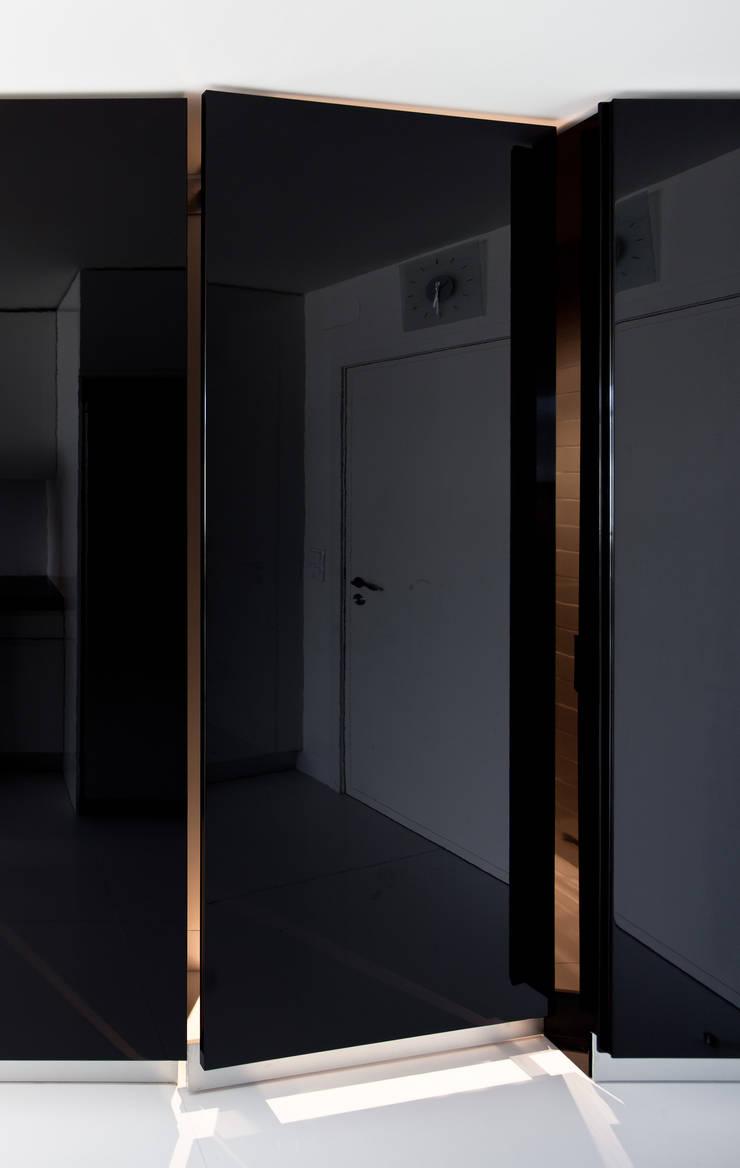 廚房 by FMO ARCHITECTURE, 簡約風