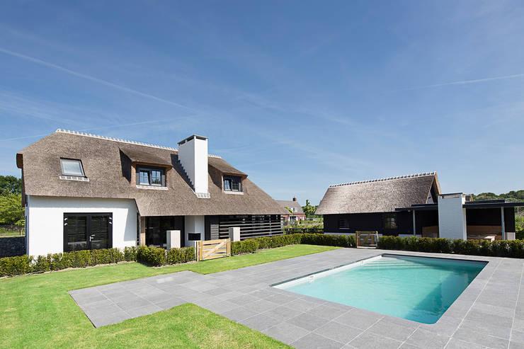 woning van Haaren:  Huizen door Vermeer Architecten b.v. , Landelijk