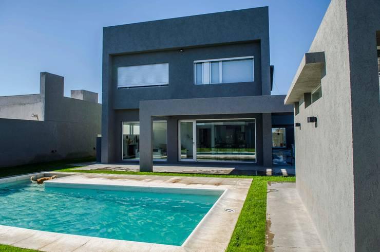 Aberturas de Aluminio: Puertas y ventanas de estilo  por Aluminios Caseros