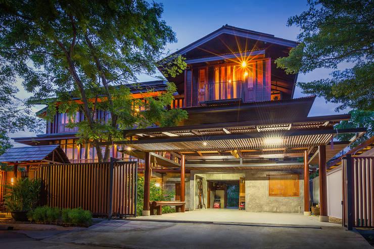 บริษัท สถาปนิกชุมชนและสิ่งแวดล้อม อาศรมศิลป์ จำกัดが手掛けた家