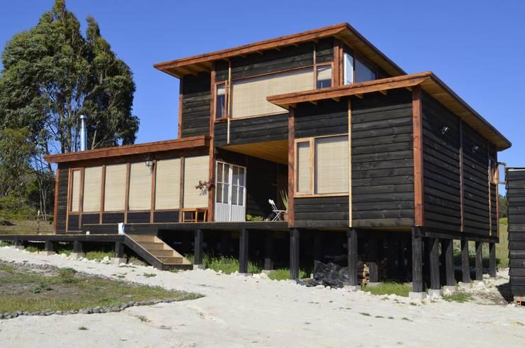 Casas de estilo  por BLAC arquitectos