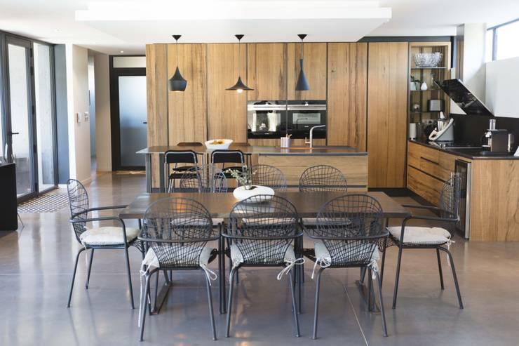 Projekty,  Kuchnia zaprojektowane przez Hugues TOURNIER Architecte