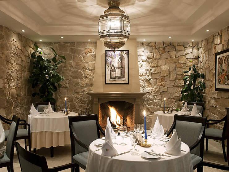 Four Seasons Country Club, Quinta do Lago: Sala de jantar  por Quinta Style