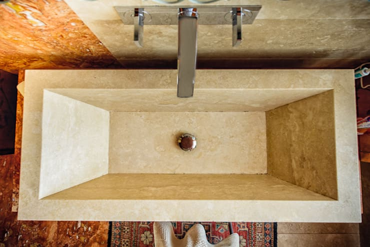 LAVABO TAILOR MADE: Bagno in stile  di Studio Prospettiva