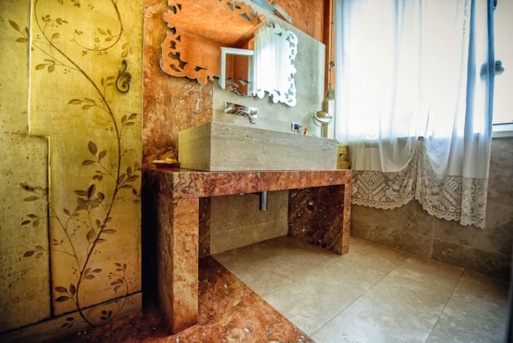 LAVABO TAILOR MADE 2: Bagno in stile  di Studio Prospettiva