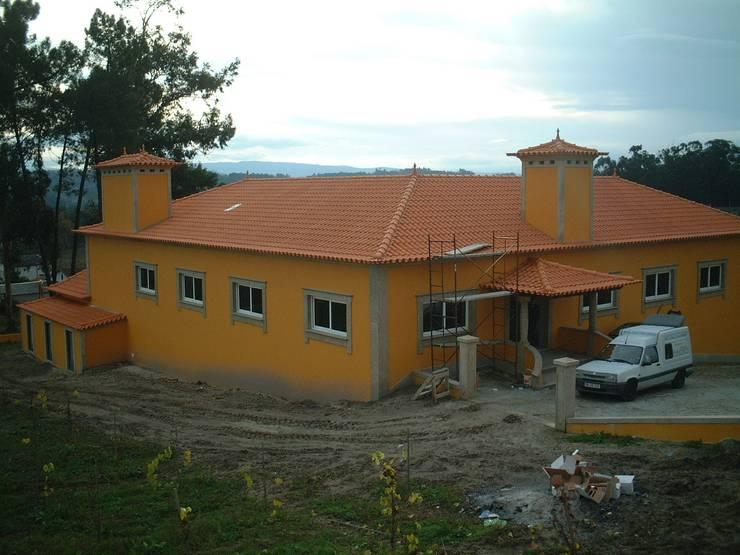 Vivenda Unifamiliar <q>AM</q>: Casas  por Traço M - Arquitectura