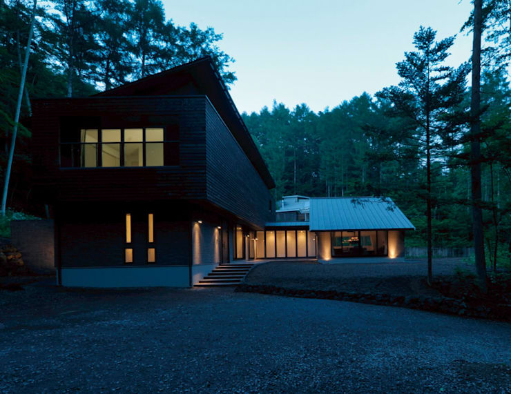 Casas de estilo  por Mアーキテクツ|高級邸宅 豪邸 注文住宅 別荘建築 LUXURY HOUSES | M-architects