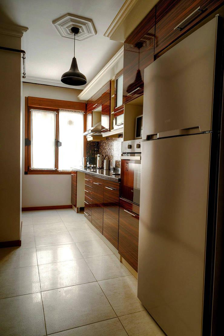 Mandalin Dizayn – Nişantaşı Kıvanç Sokak 2+1 Daire Projesi:  tarz Mutfak, Modern