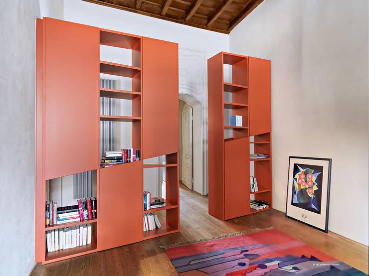 Projekty,  Korytarz, przedpokój zaprojektowane przez studio antonio perrone architetto