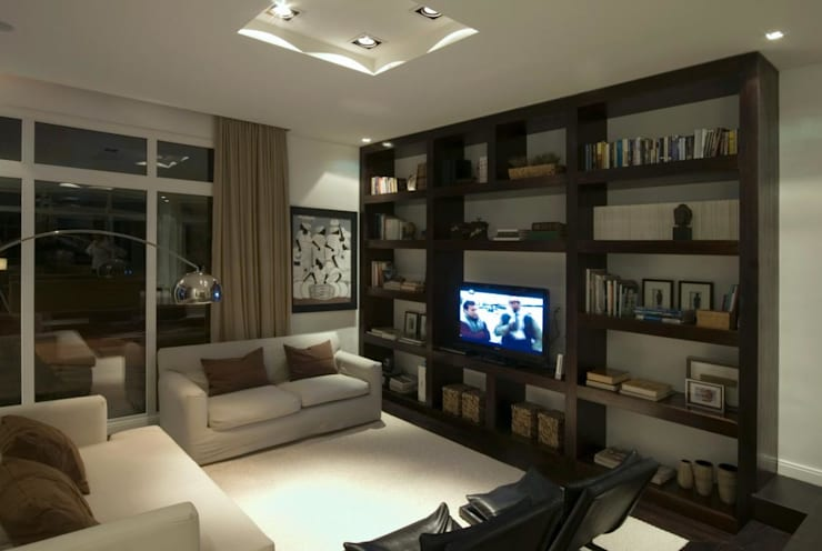 Family room: Livings de estilo  por CIBA ARQUITECTURA
