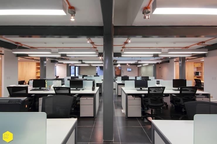 Área Operativos.: Estudios y oficinas de estilo  por ZTUDIO-ARQUITECTURA