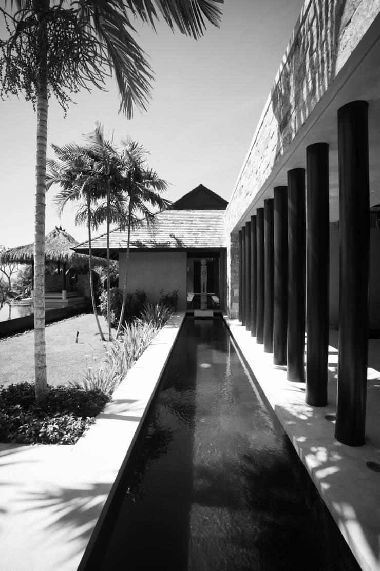 Fotografía de arquitectura – Villa Siriyana, Punta Mita, Nayarit: Casas de estilo  por Arcencielstudio