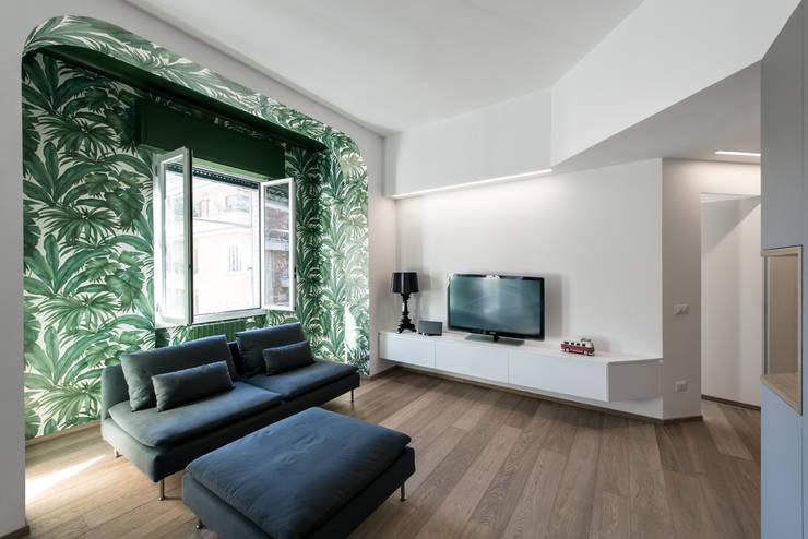 Salas de estar  por Tommaso Giunchi Architect