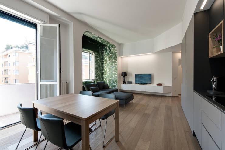 Comedores de estilo  por Tommaso Giunchi Architect