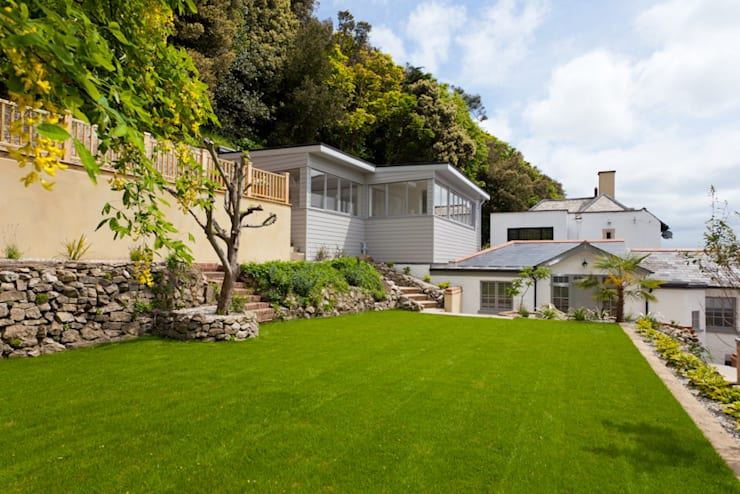 Full renovation Project:  Garden by J.J.Mullane Ltd