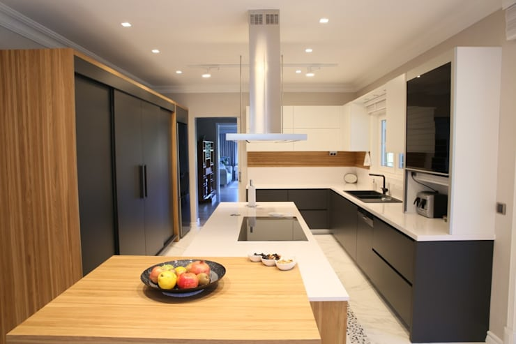 modern Kitchen by Aykuthall Architectural Interiors