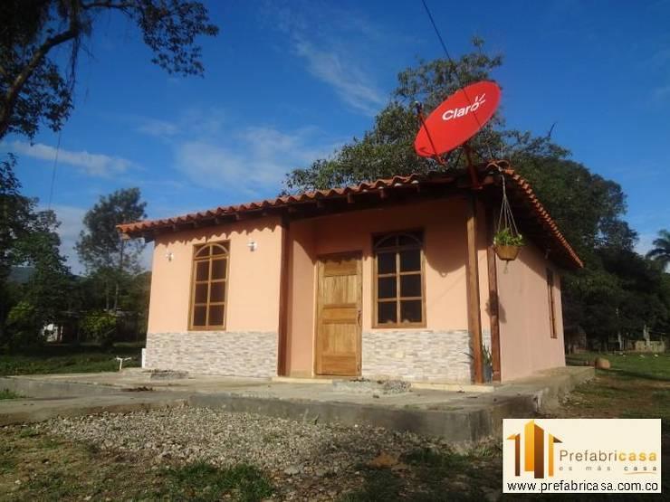 Casas Prefabricadas Republica Dominicana y Haiti: Casas de estilo  por PREFABRICASA