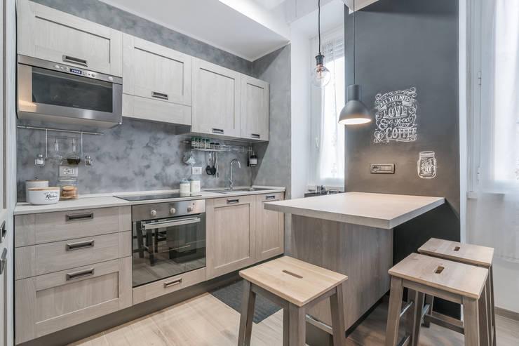 Projekty,  Kuchnia zaprojektowane przez Facile Ristrutturare