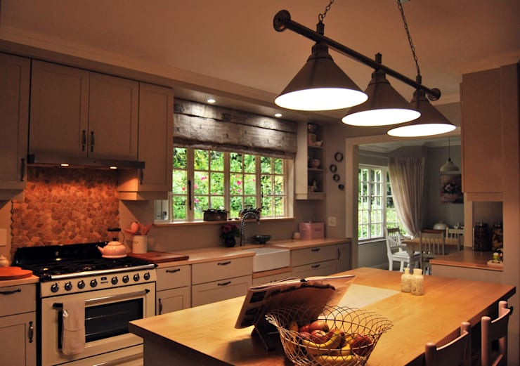 Project : De Wet:  Kitchen by Capital Kitchens cc
