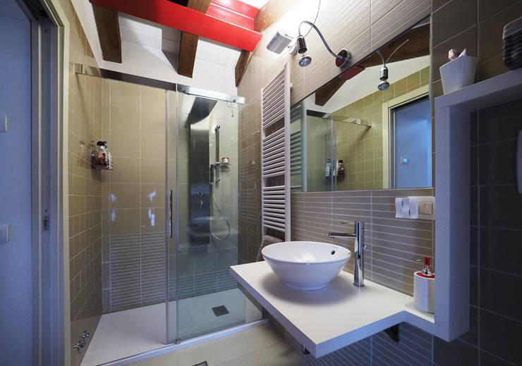 Projekty,  Łazienka zaprojektowane przez LASAstudio