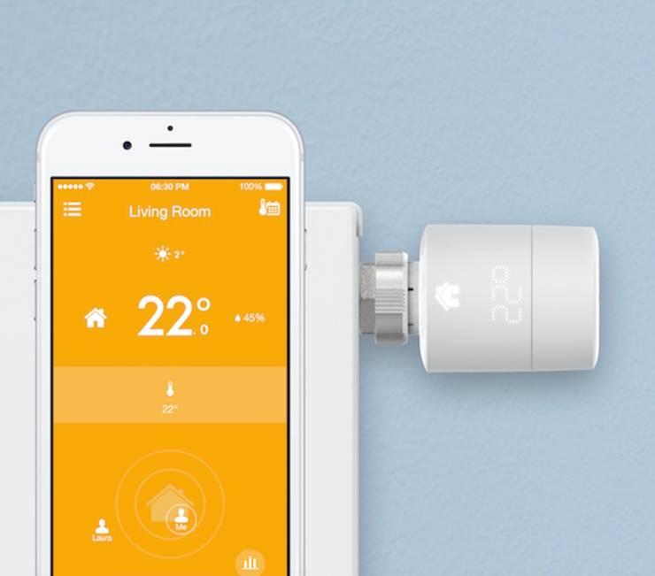 Smart Heizkörperthermostat und App:  Wohnzimmer von RF Design GmbH