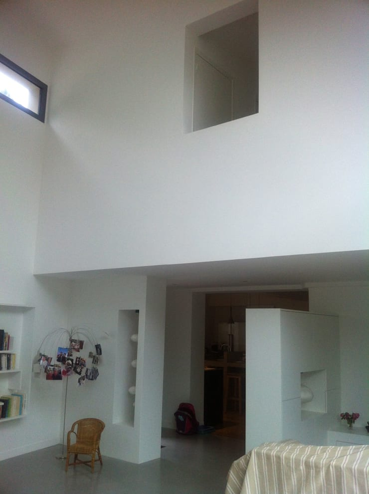 Living room by Eric Rechsteiner, Modern